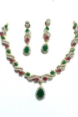 GOLD PLATED BRASS METAL NECKLACE SET