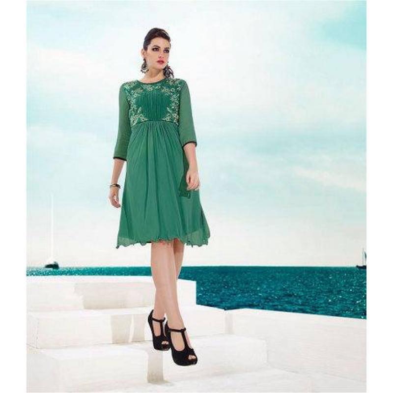 Light mahendi green image
