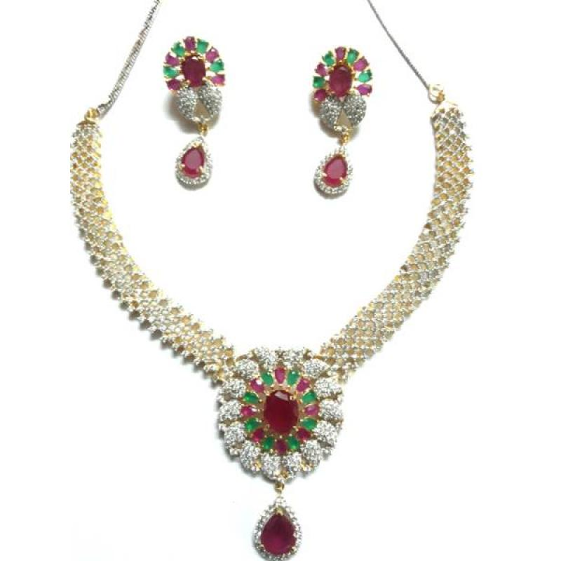 GOLD PLATED NECKLACE SET image