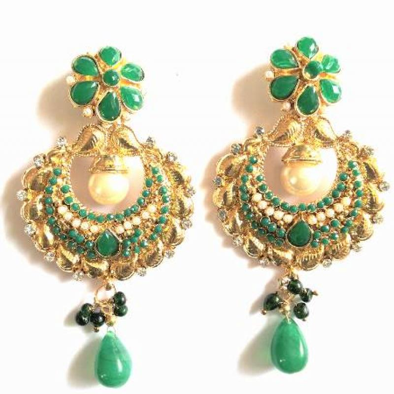 GREEN EARRINGS image